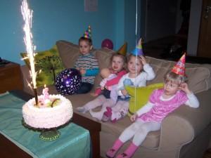 20110304-05_3_urodziny_izy_20110309_1510216903
